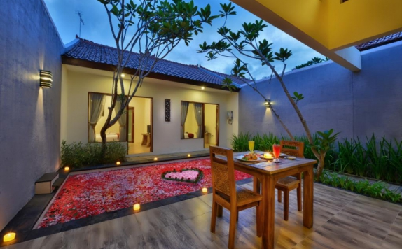 swiming pool di Yoga Ubud Villas