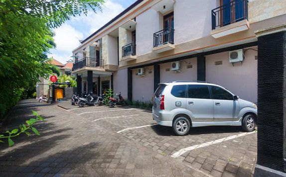 Entrance di ZEN Rooms Bukit Jimbaran Buana