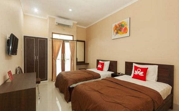 Twin Room di ZEN Rooms Bukit Jimbaran Buana