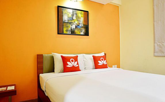 Bedroom di ZEN Rooms Pluit Bandengan