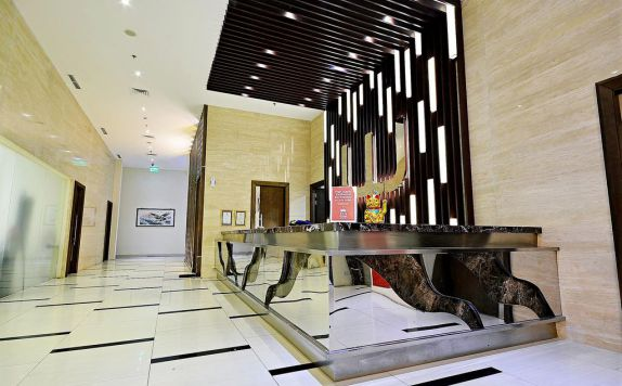 Receptionist di ZEN Rooms Pluit Bandengan