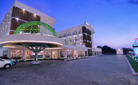 Exterior di Dmax Hotel & Convention