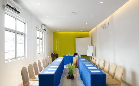 Meeting room di Zuri Express Hotel Pekanbaru by ZHM